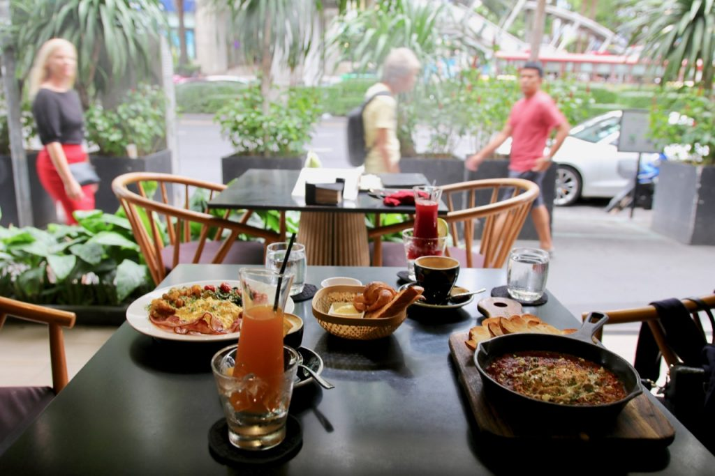 Indulge Asoke Brunch Spot
